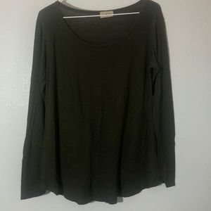 Dark green long sleeve tee